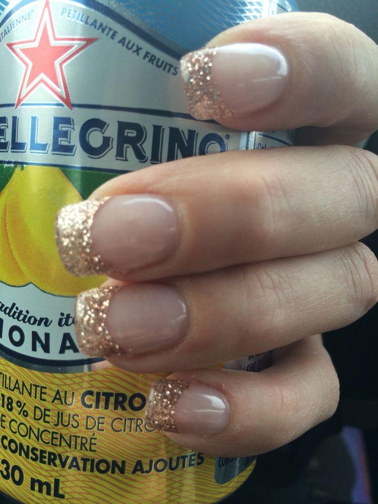 指甲 - 玫瑰金法式美甲指甲设计,美甲,美甲沙龙,欧文,纽波特海滩