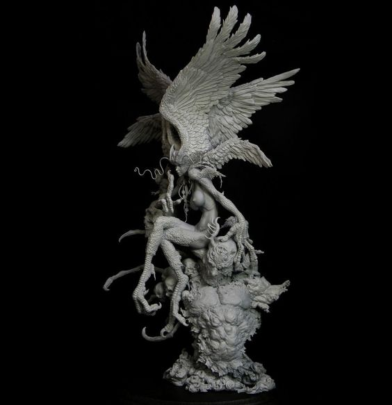 A Japanese Artist Created Astonishing 3-Dimensional Sculpture Of The Sirene