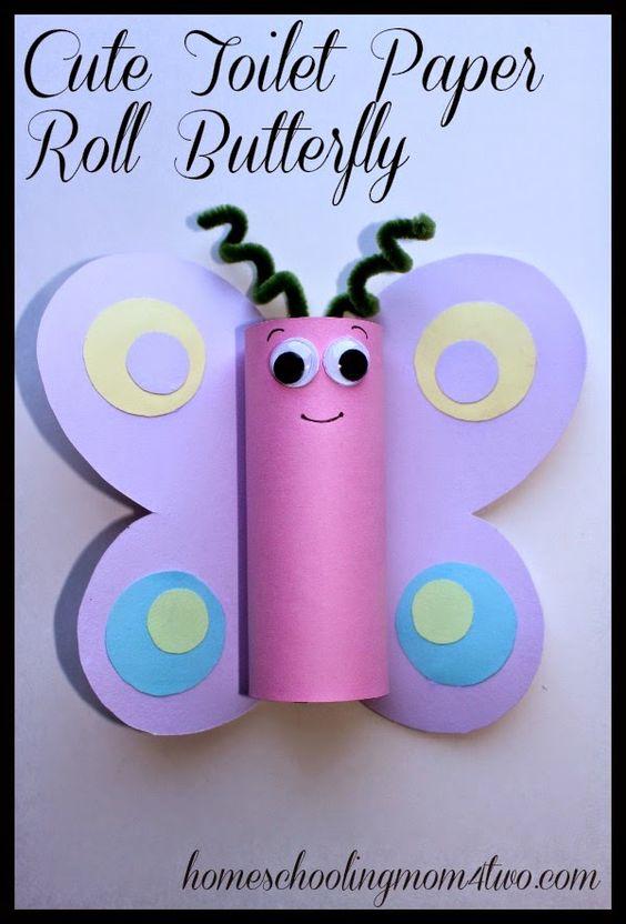 卫生纸卷蝴蝶弹簧工艺为孩子。春季使用卫生纸卷和美元商店的卡片纸的有趣和简单的工艺。