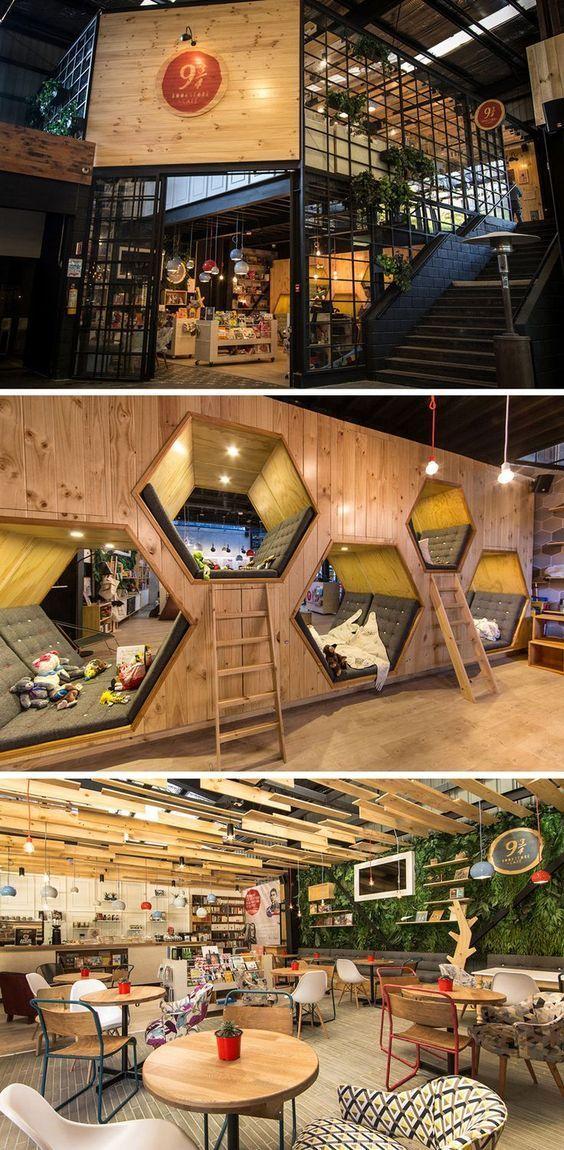 这家咖啡馆和书店有六角形的隐藏空间:
