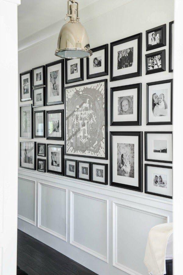 护墙板的黑色和白色走廊画廊墙。