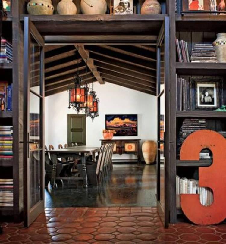 Diane Keaton的西班牙殖民复兴风格大厦