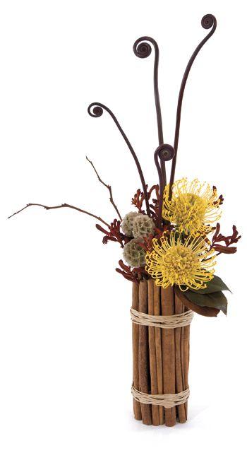 我喜欢这个异国情调的系列点击观看如何制作肉桂棒盖。 Florists'ReviewMagazine®> 2012年8月>技术