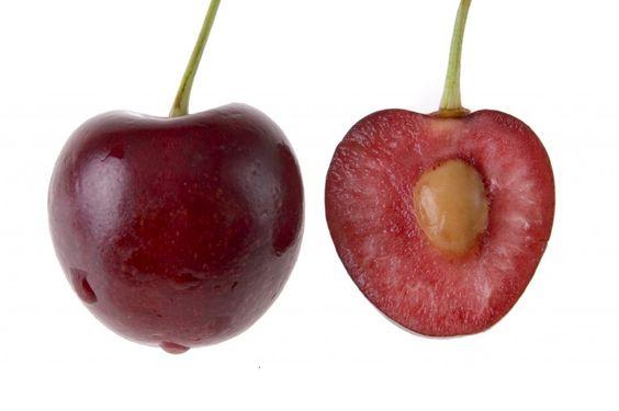 如果你是一个樱桃爱好者,你可能会吐出你的樱桃坑,或者它只是我。无论如何,你有没有想过?你可以种植樱桃树坑吗?如果是这样,你如何从坑中种植樱桃树?本文将有所帮助。