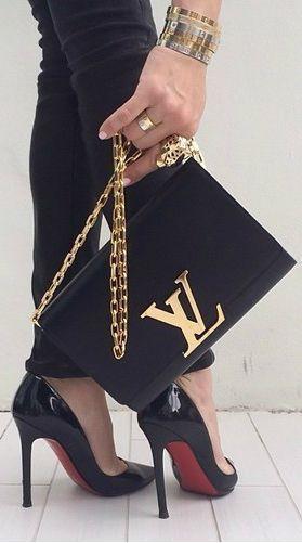 LOUIS VUITTON手提包和Louboutin高跟鞋