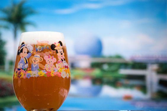 这篇文章是在沃尔特迪斯尼世界的Epcot世界展示中向世界各地饮酒的指南,我们挑选了最好的啤酒,葡萄酒和混合啤酒