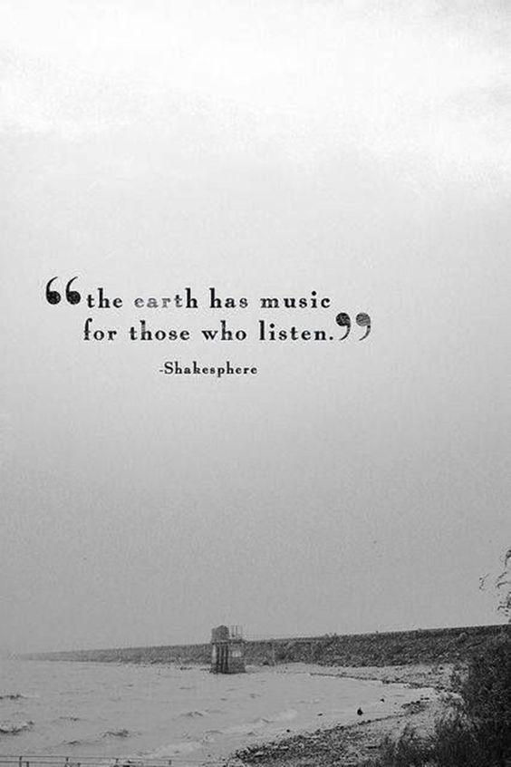 此外,在听到一些鼓舞人心的音乐引语和谚语时,我们可以意识到音乐是如何出现的。
