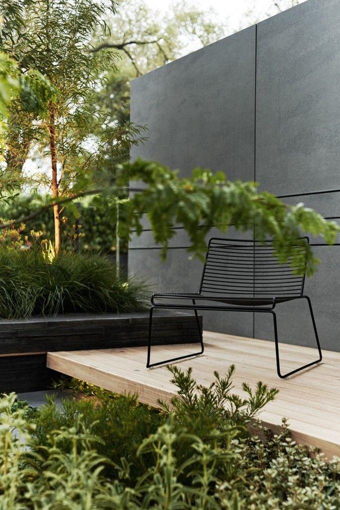 Modern black and green garden