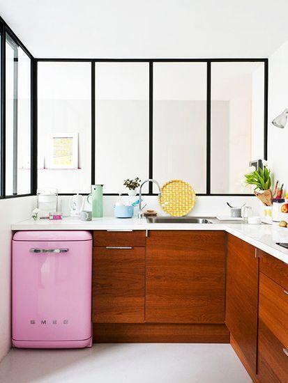 厨房里大胆的色彩