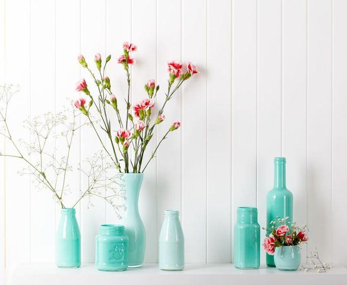 在现代婚礼博客 -  DIY婚礼装饰:http://www.modernwedding.com.au/wedding-diy/diy-wedding-ideas-painted-bottles-and-jars/