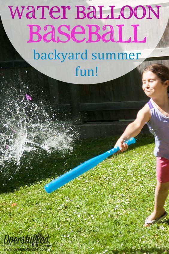 寻找有趣和节俭的夏季活动?在后院尝试水球棒球 - 孩子们会喜欢它,而且便宜又简单!