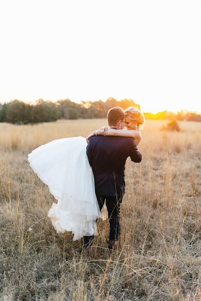 浪漫婚礼照片//复古别致谷仓婚礼在迷迭香山// Louise Vorster摄影
