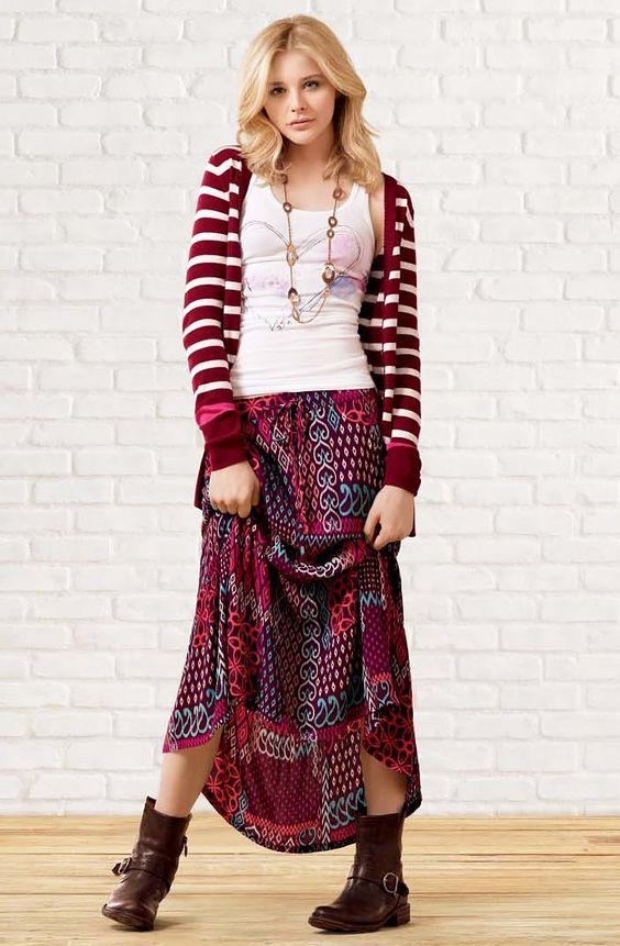 查看最新的名人风格,最令人垂涎的美容秘诀,华丽的新发型,以及Stylish by Us Weekly上的所有红地毯。