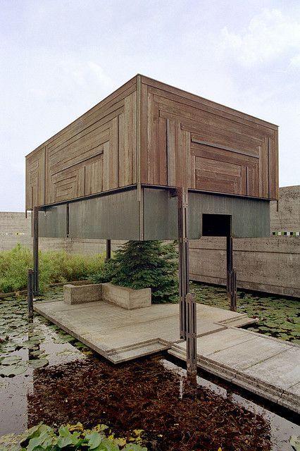 布里翁 - 维加墓地 - 冥想亭2 | Flickr  - 照片分享!