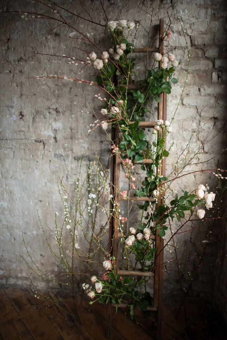 用梯子装饰你的婚礼的好主意