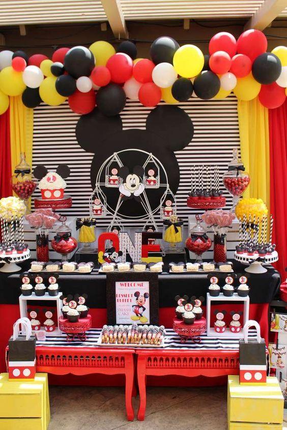 独特的派对设计的生日/米奇老鼠 - 照片集在赶上我的派对