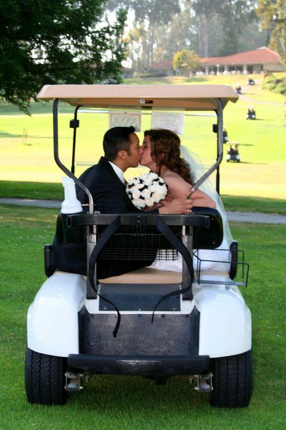 """在高尔夫球场上结婚!利用""""额外""""。布莱克莱克高尔夫度假村"""