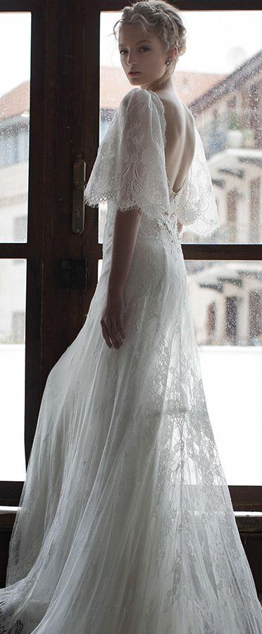 persy新娘2016春季半扇形喇叭袖开背浪漫蕾丝婚纱#weddingdress #weddings
