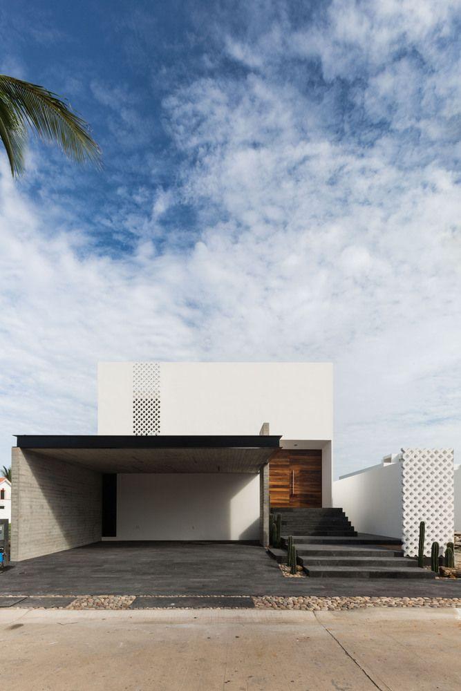海滨别墅/ [H] arquitectos