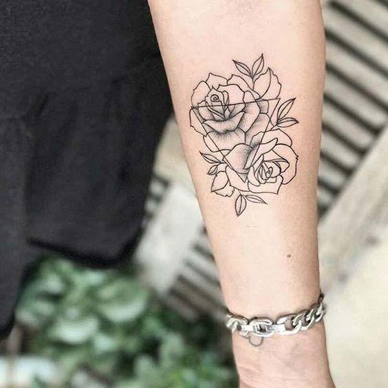 今天,我们为Stay Glam展示10款女性美丽的玫瑰纹身创意:玫瑰不仅仅是一朵美丽的花朵。这些美丽的花朵也成为了必须有纹身的设计。以玫瑰为特色的刺青已经流行了很多年。墨迹玫瑰是永恒的,使这些纹身选择非常棒。不管你的风格如何[...]