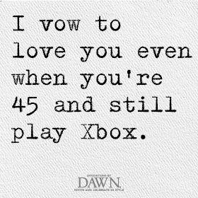 当你45岁并且还在玩XBOX时,我会坐在你身边,第二个控制器也会玩