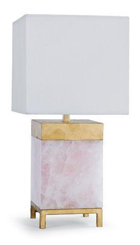 Regina Andrew Design的玫瑰石英灯。华丽的Dahhhling!