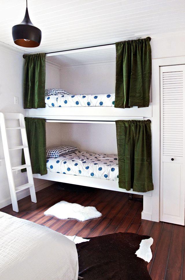 小屋卧室:内置双层床