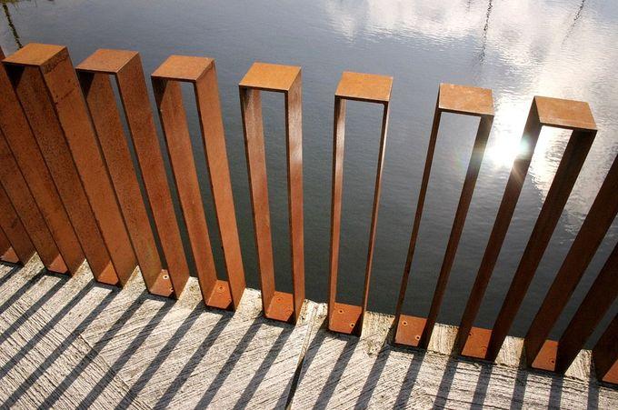 Karres en Brands - Corten Steel Object Fence, Quirijn Park