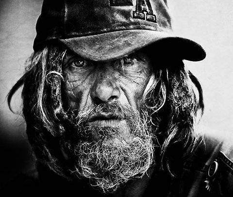 Lee Jeffries began his career as a sports photographer in Manchester. But a chance meeting with a homeless girl living in the streets of London changed his life forever. Following this encounter, he decided to make a series of raw portraits of homeless in black and white. The result is absolutely stunning and compelling. I hope he paid them for the privilege. awf