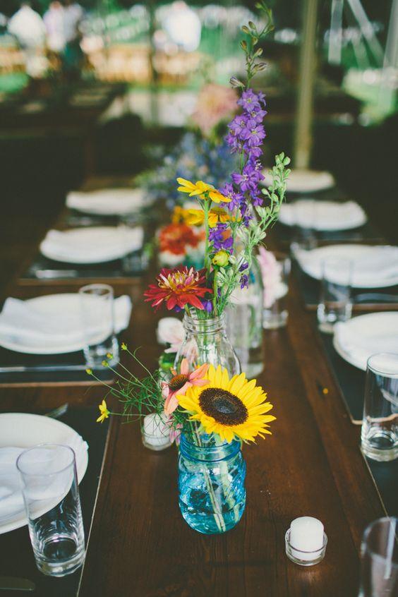与Katch席尔瓦摄影拍摄的DIY细节的五颜六色的后院婚礼。