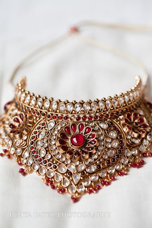 婚礼礼服为您的印度婚礼。来自真正新娘的婚礼灵感。