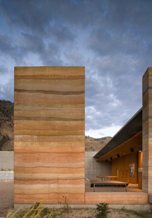Nk'Mip Desert Cultural Centre / DIALOG  © Nic Lehoux Photography