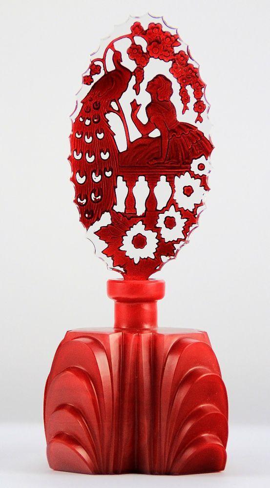 母亲节 - 令人难以置信的红色PEACOCK- PESNICAK签名香水瓶