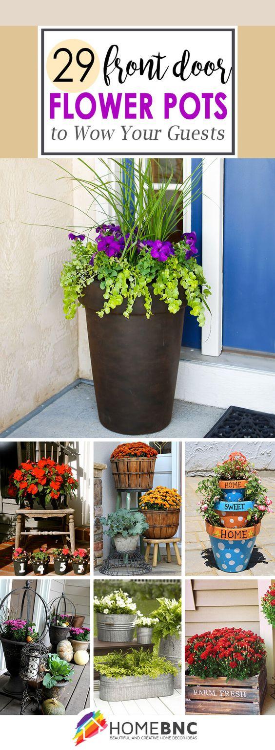 如果你的花园很少或没有院子,前门花盆是展示你对植物爱情的完美方式。看最好的想法和设计!