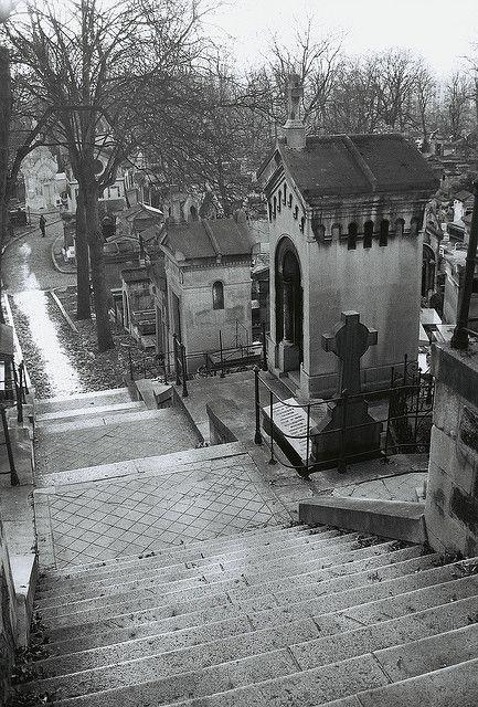 巴黎拉雪兹神父公墓