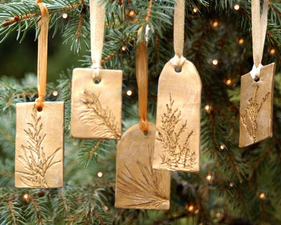 Ceramic Ornament with Natural Plant Impression Christmas Holiday Decoration Gold Small - Set of 3