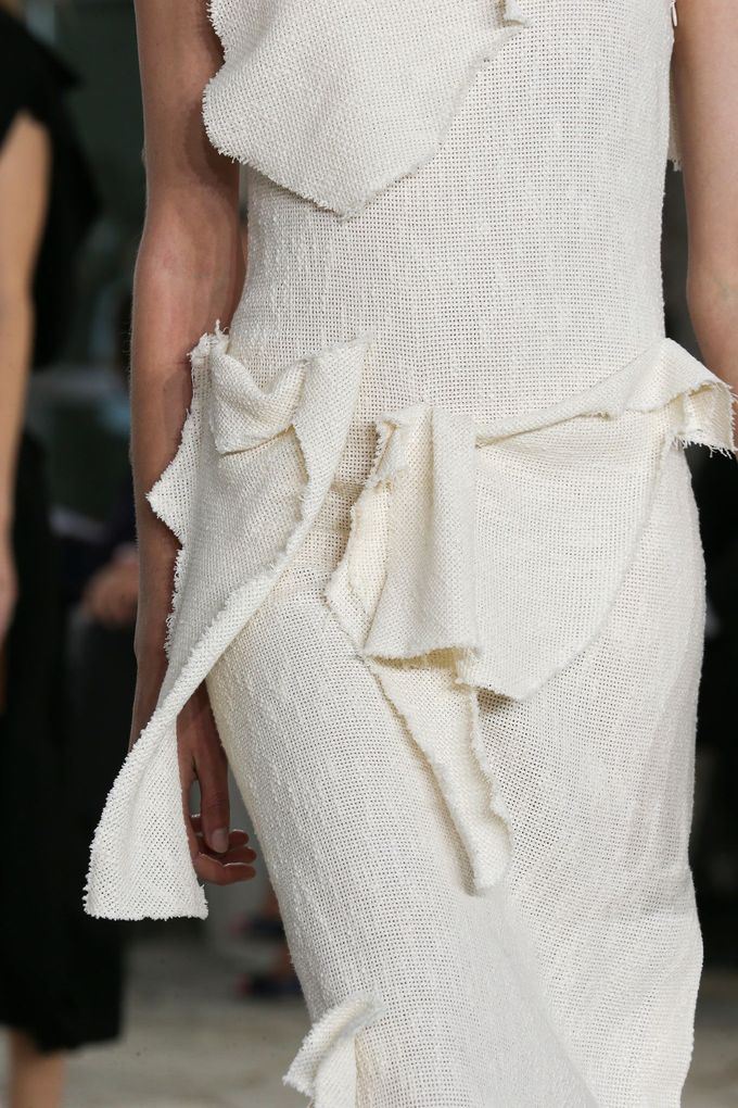 Loewe Spring 2015 Ready-to-Wear - Details - Gallery - Style.com