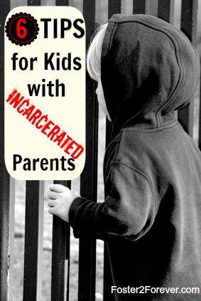 美国有28个孩子中有一个有一个目前被监禁的父母(1)。可悲的是,其中一些孩子最终寄养。在我照顾的寄养儿童中,有四分之一的父母在安置时被监禁。对于一些孩子,去...