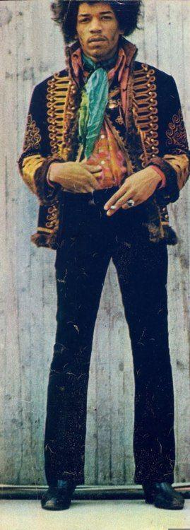"""Marshall""""Jimi""""Hendrix(1942年11月27日出生于美国西雅图的Johnny Allen Hendrix,于1970年9月18日在英国伦敦去世)是一位美国吉他手,歌手和词曲作者。它被认为是......"""