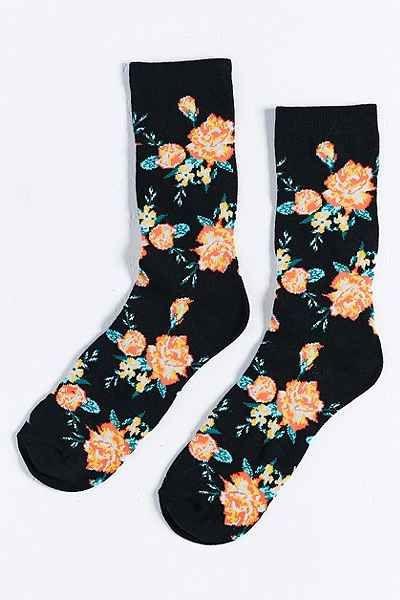 今天在Urban Outfitters购物花袜。我们为您提供所有最新的款式,颜色和品牌,从这里选择。