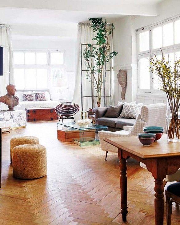 一室公寓拥有迷人的地板