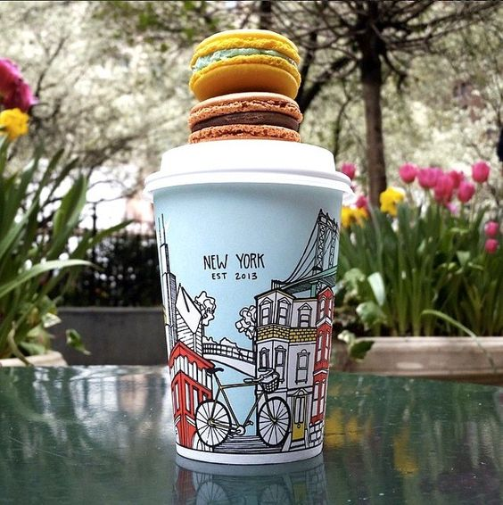 想和纽约市的当地人一起喝咖啡吗?跳过连锁店,查看当地人喜爱的纽约市14家咖啡店!