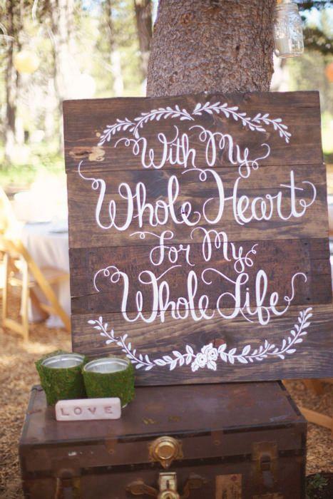 一个致力于小型和亲密婚礼的博客。步入室内,找到小型婚礼场地,DIY婚礼创意和75人或以下的真正婚礼。