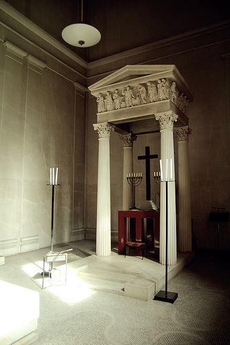 森林公墓:森林公墓,斯德哥尔摩复活教堂:复活教堂Sigurd Lewerentz,1925年