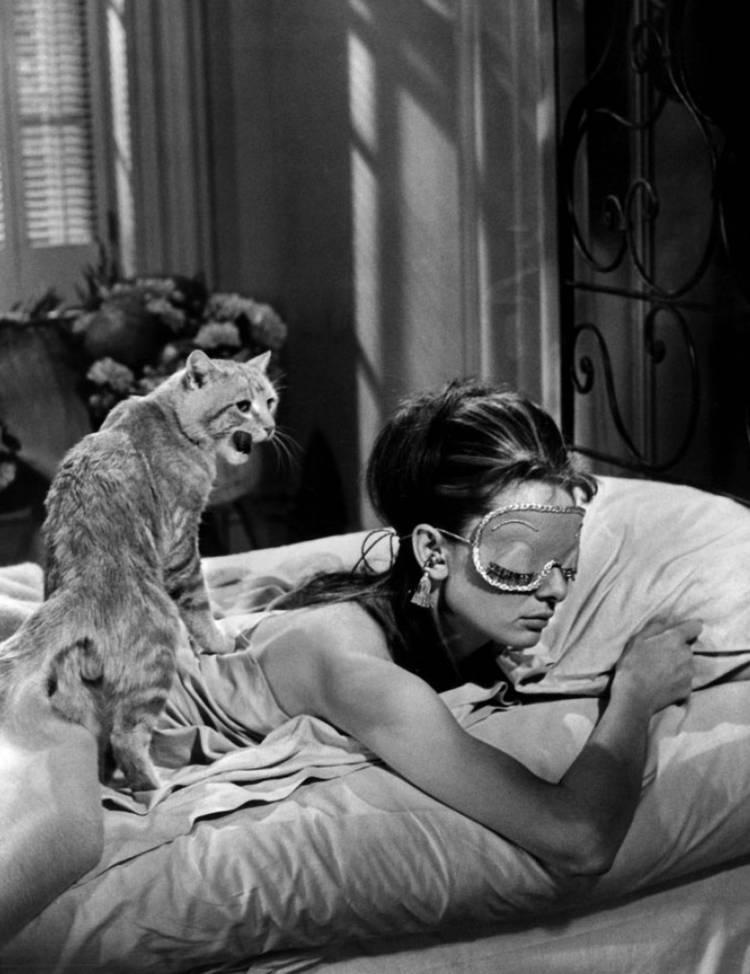 奥黛丽赫本在蒂凡尼的早餐(1961年)。