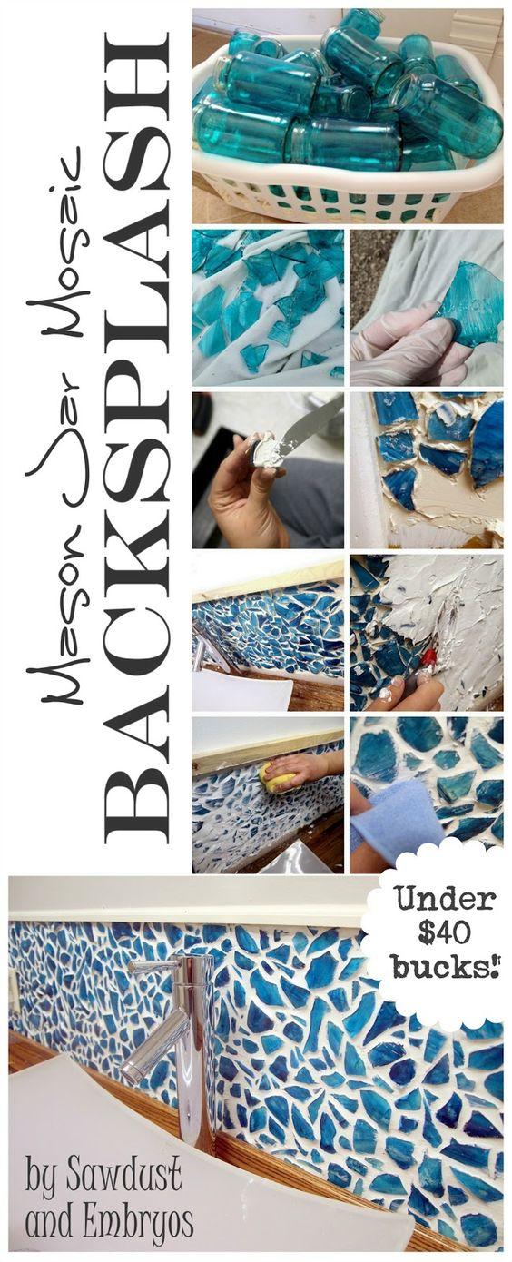 学习使用破碎的罐子制作Mason Jar Mosaic Backsplash(我们教你给它们着色!)。有很多提示和技巧的详细教程!