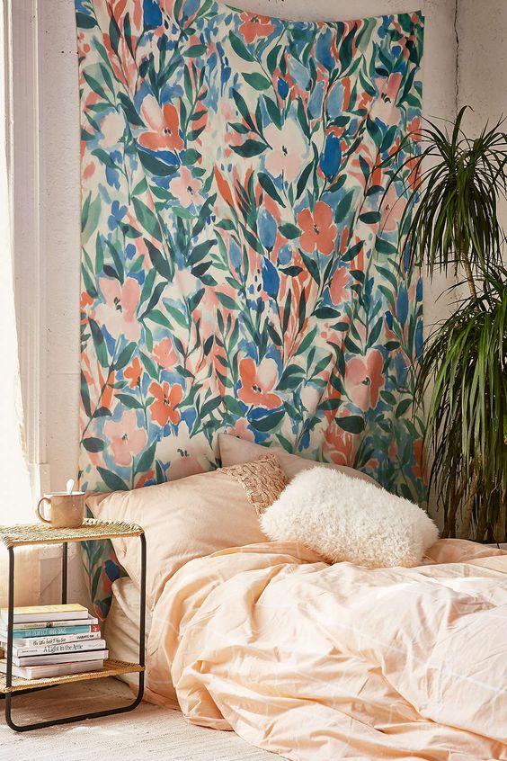 购买Jacqueline Maldonado今天在Urban Outfitters购买DENY Nonchalant Coral Tapestry。我们为您提供所有最新的款式,颜色和品牌,从这里选择。