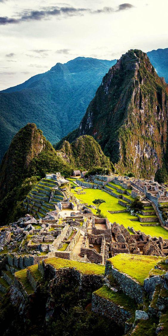 马丘比丘,秘鲁马丘比丘的历史可以追溯到十五世纪。它是世界上最着名的考古遗址之一,也是世界新七大奇迹之一的第四座建筑。隐藏在安第斯山脉,印加人神圣的山谷叫乌鲁班巴,马丘比丘被称为[...]