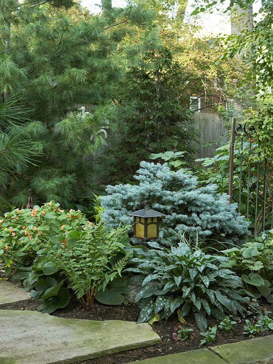 大前院美化想法可以改变你家的遏制吸引力。你的前院设计可以大大影响你家从外面看的方式。点击我们的最佳提示和前院的灵感,如小前院景观设计,前院花园等。