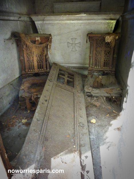 拉雪兹神父公墓:令人难以忘怀的图像